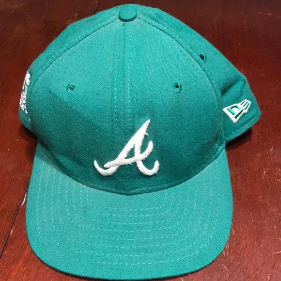 hot sale online 3540c 5e45c St Patrick s Day Atlanta Braves Snapback Hat M L. New Era.  M 5bee0e8e0cb5aa51176f51a8. M 5bee0e92aa877080234a0c99.  M 5bee0e9645c8b3cab62d3b9b